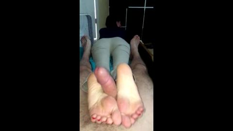 Dressed up wife in quick reverse footjob POV homemade action