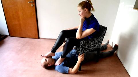 Stunning mistress receives a great foot fetish treatment from her slave (Czech Soles)