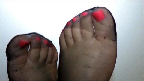 Tasha's delicious nylon toes!