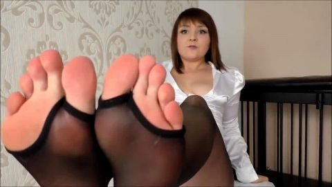 Thick German housewife having foot session in her new pantyhose
