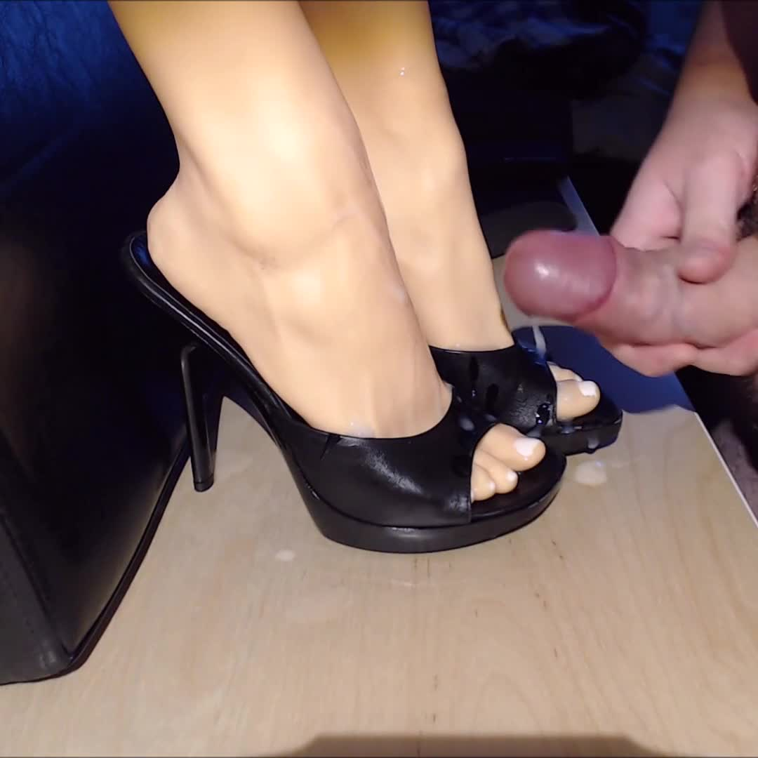 Cum On My Step Daughter's Pantie Shoes And Sandals