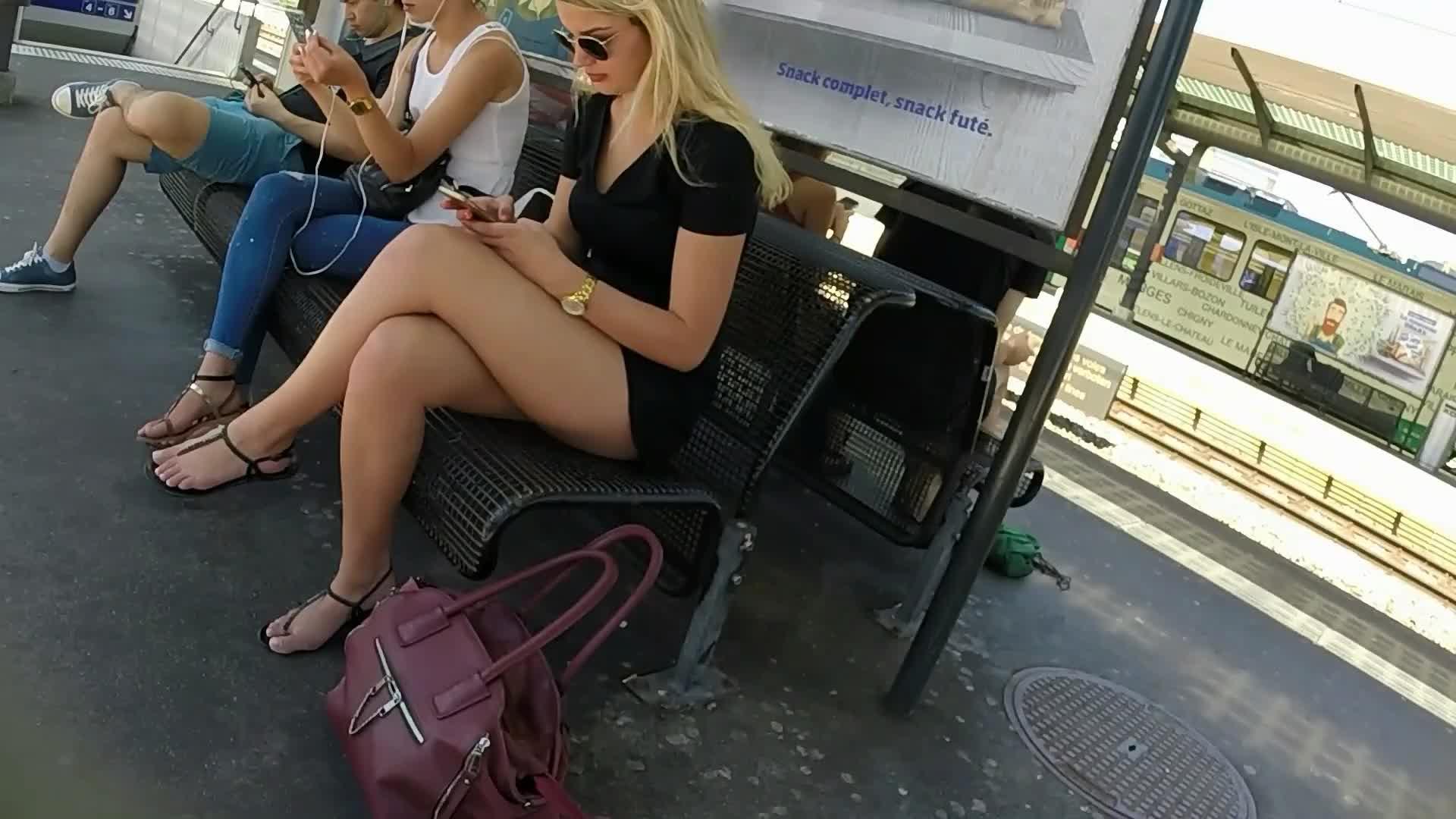 Mature Public Pussy