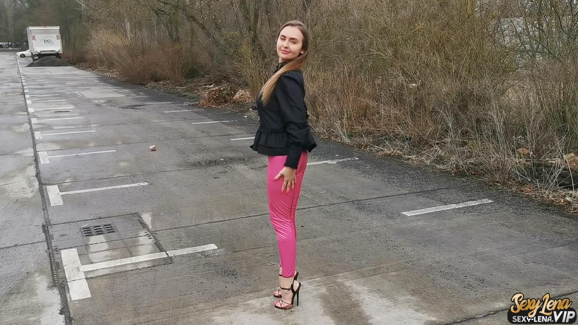 Pin on Sexy Legs / Heels